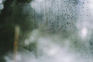 Fensterglas Angelaufen Feuchtigkeit Nass
