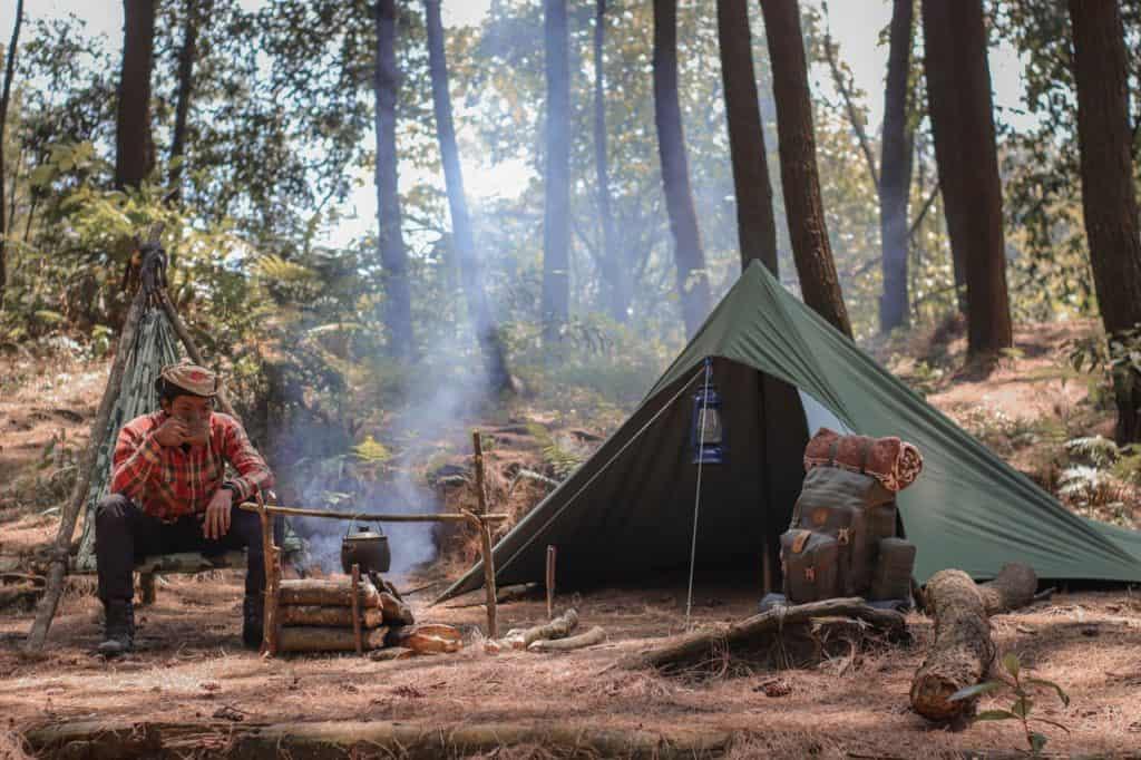 Wildcamping mit Lagerfeuer und Zeltplatz